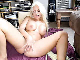 Wife shows pussy for money